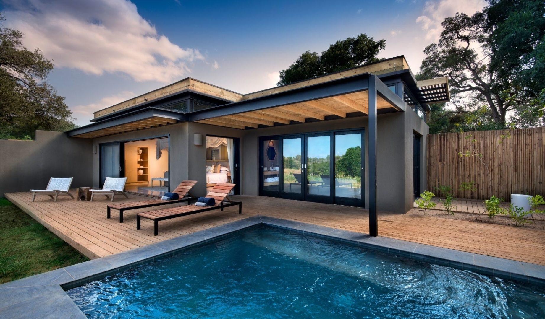 River Suite Deck & Pool Area