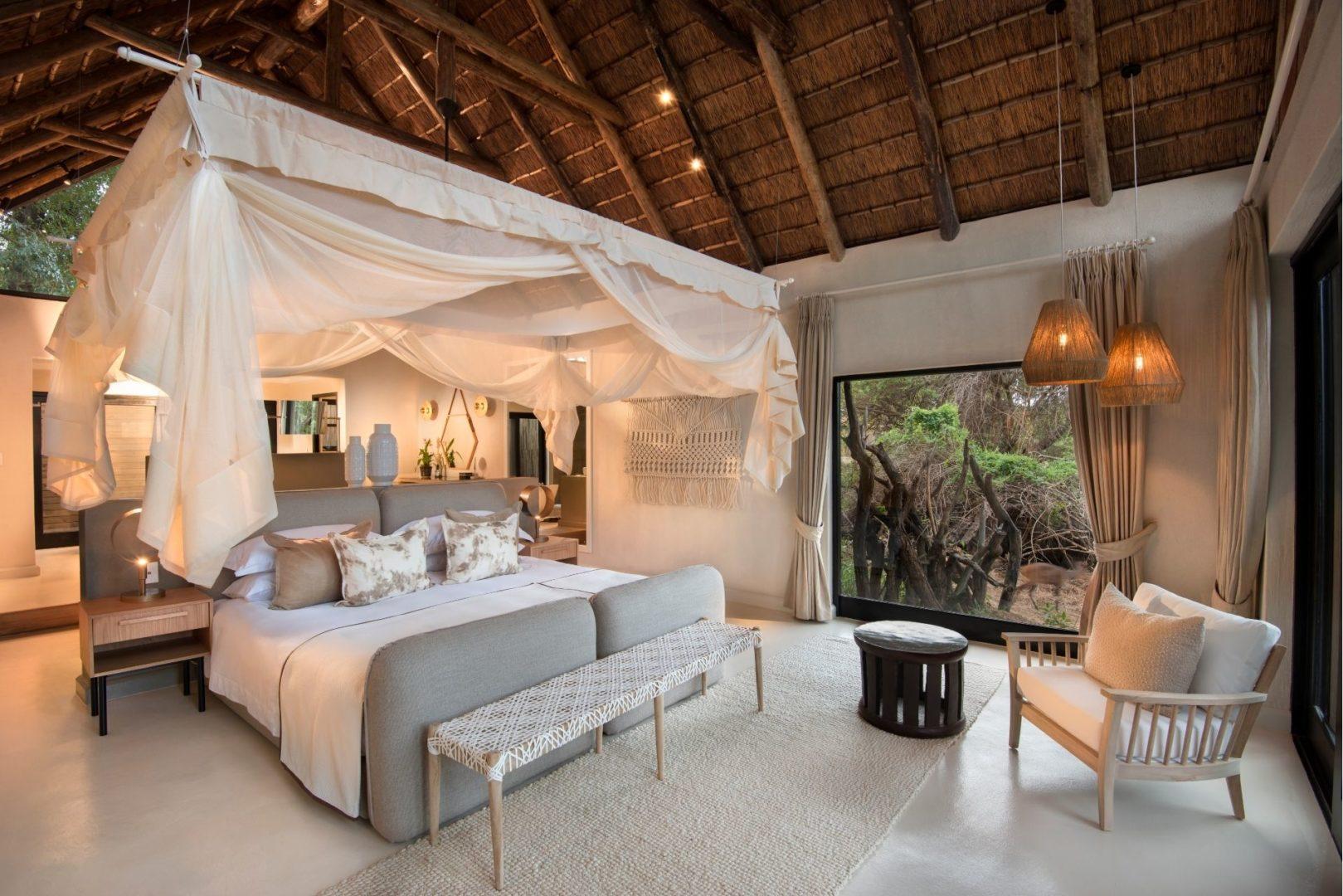 Superior Luxury Suite Bedroom