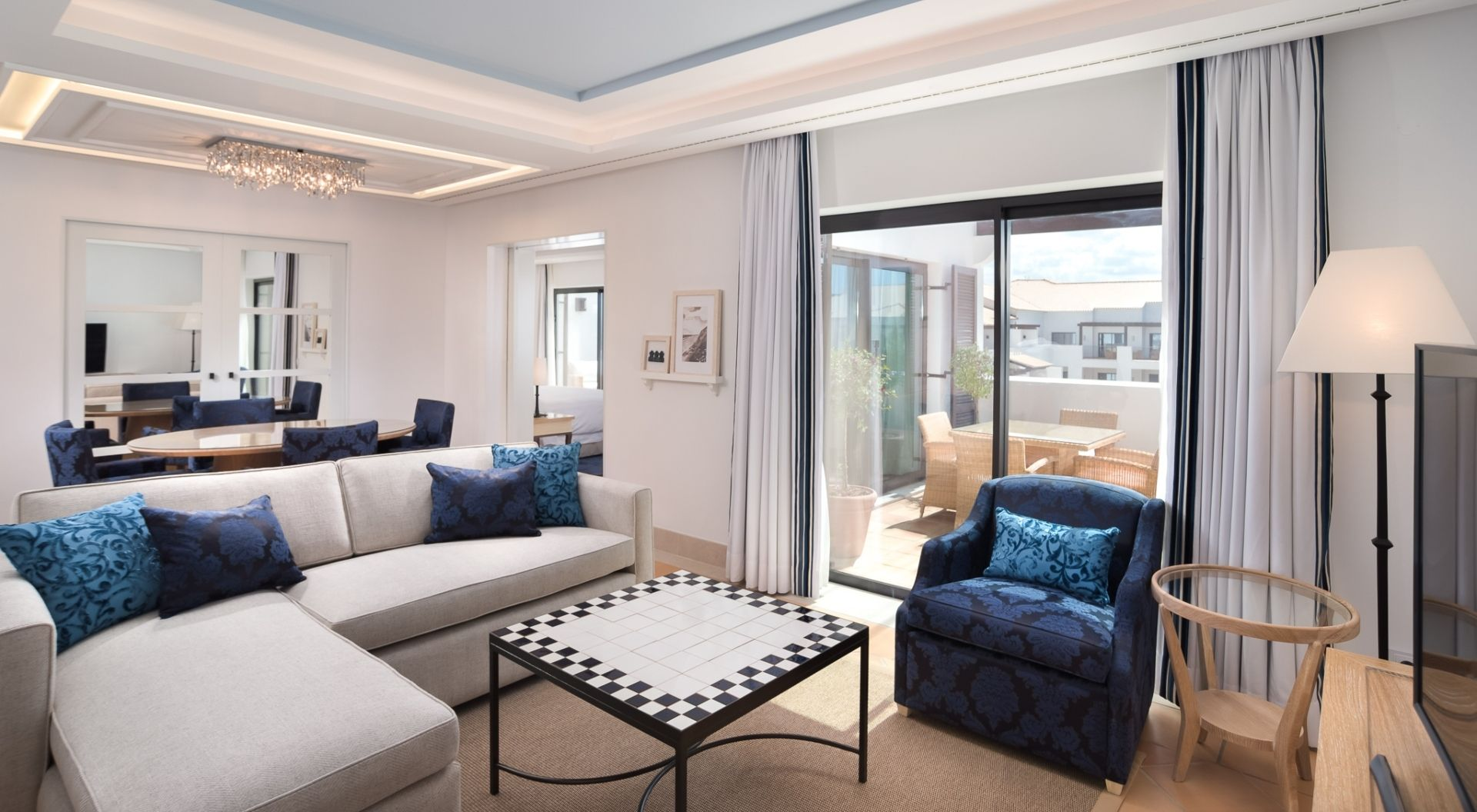 Neptuno Suite Living Room