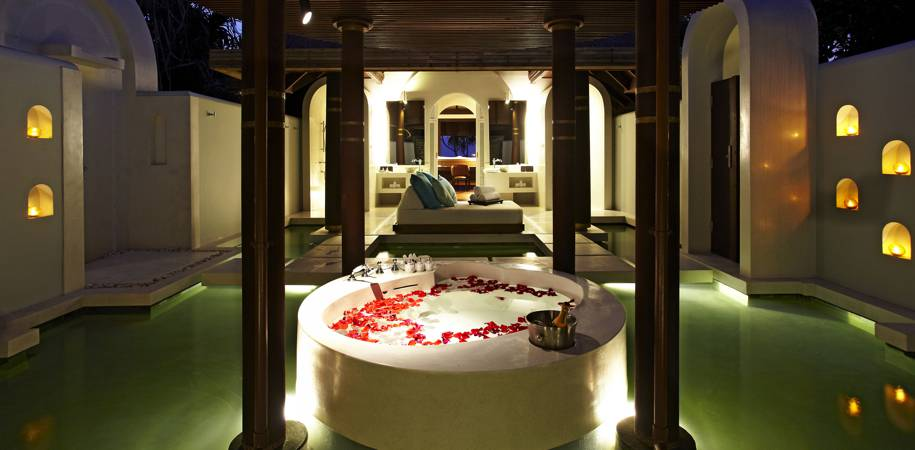 The Beach pool villas have romantic bathtubs