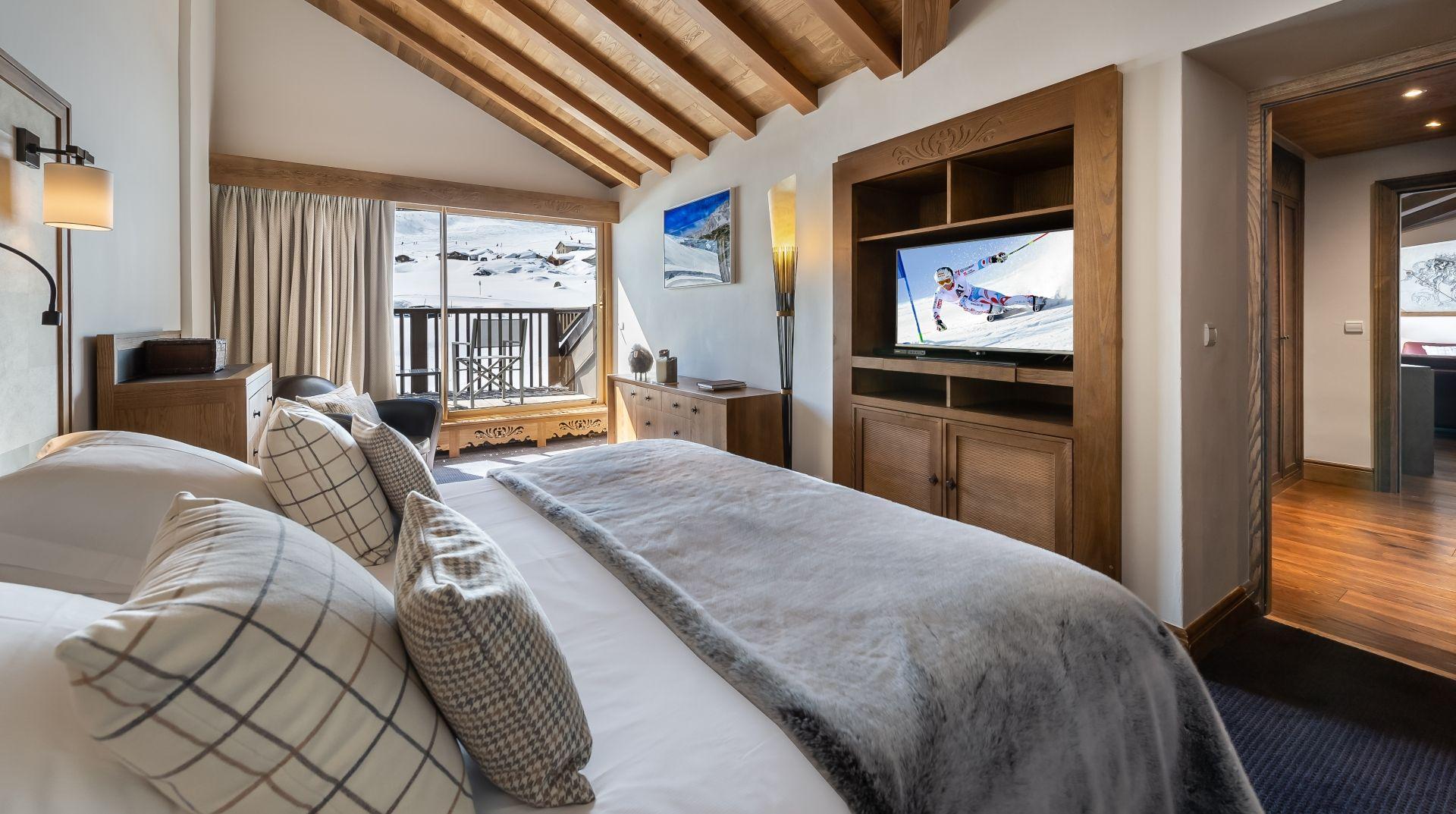 Suite K2 room