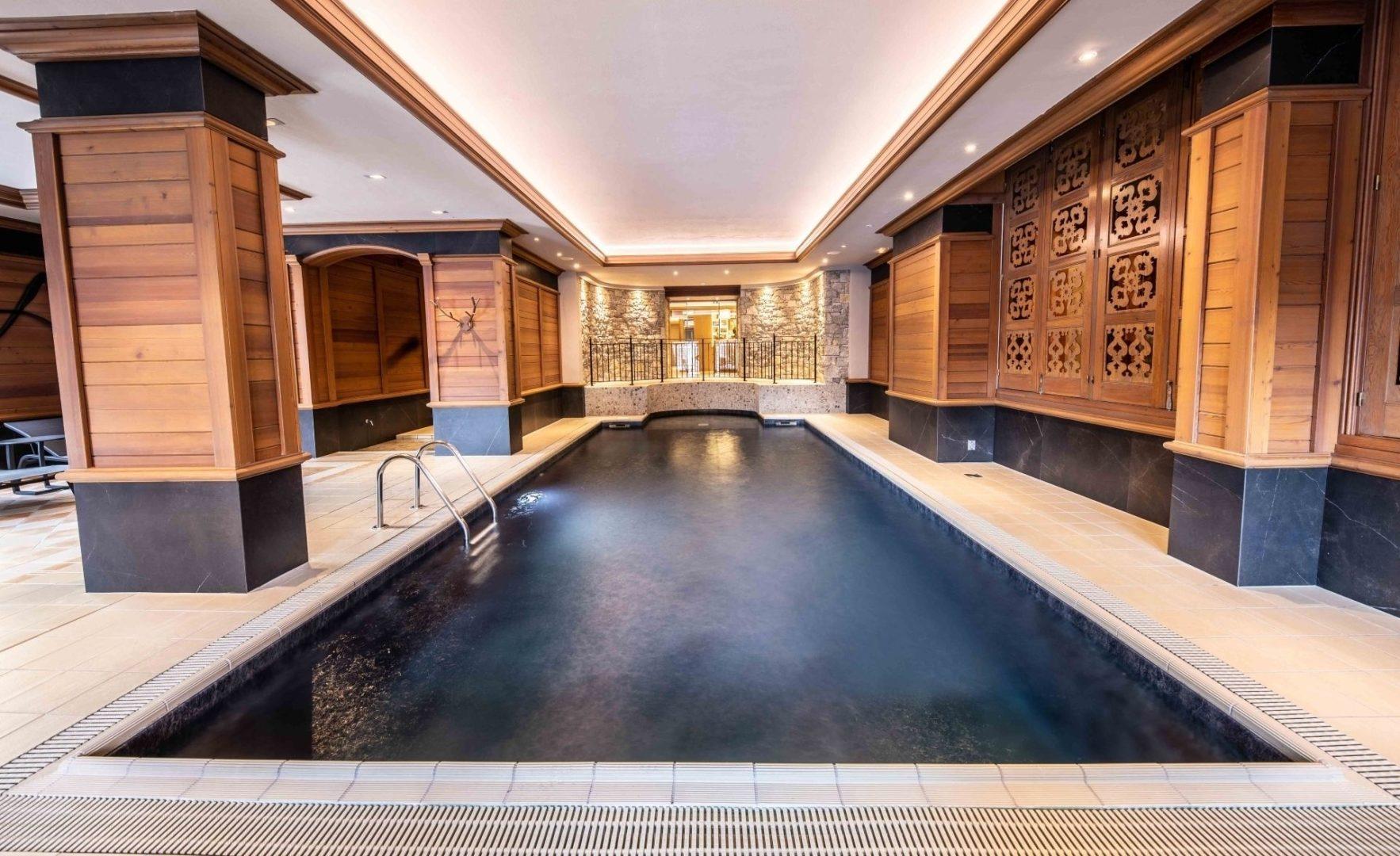 Wellness indoor pool