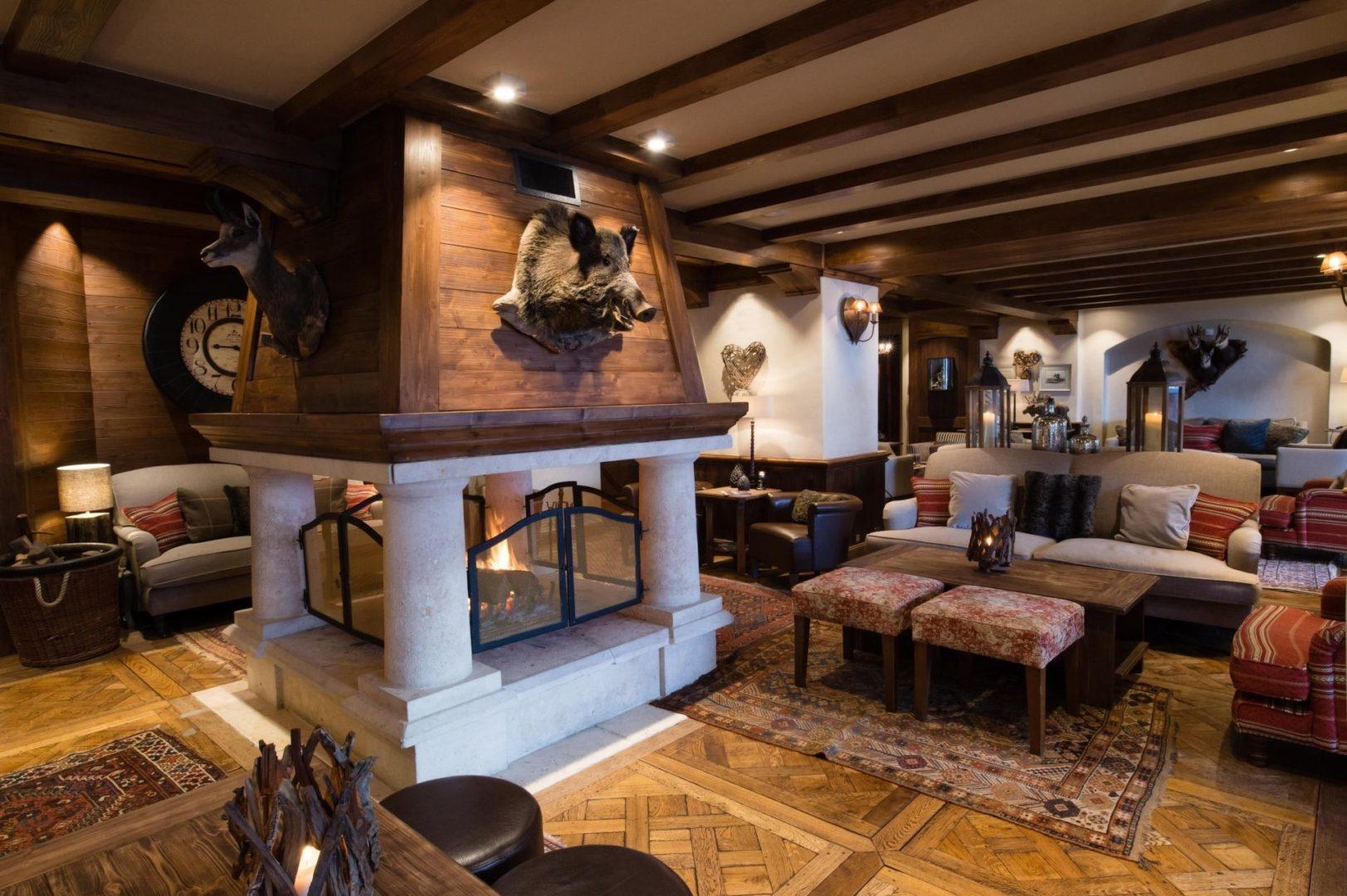 Lounge area fireplace