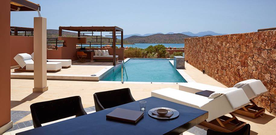 Outdoor living  in a Luxury Residence