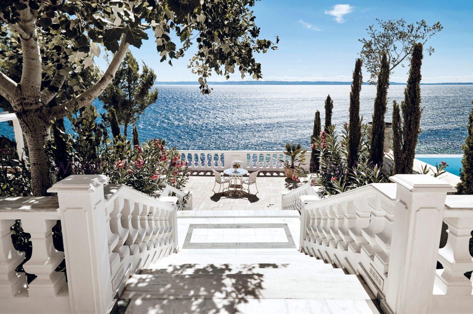White Villa Terrace