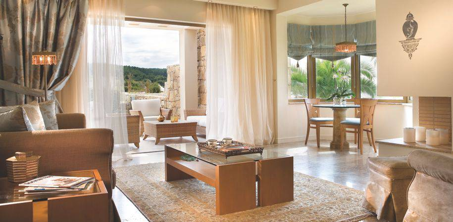 A Deluxe family suite living space