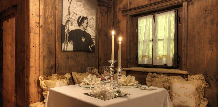Cosy dining at Stua de Michil