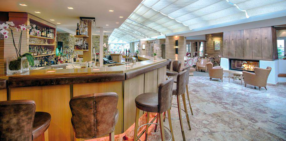 The stylish hotel Excelsior bar