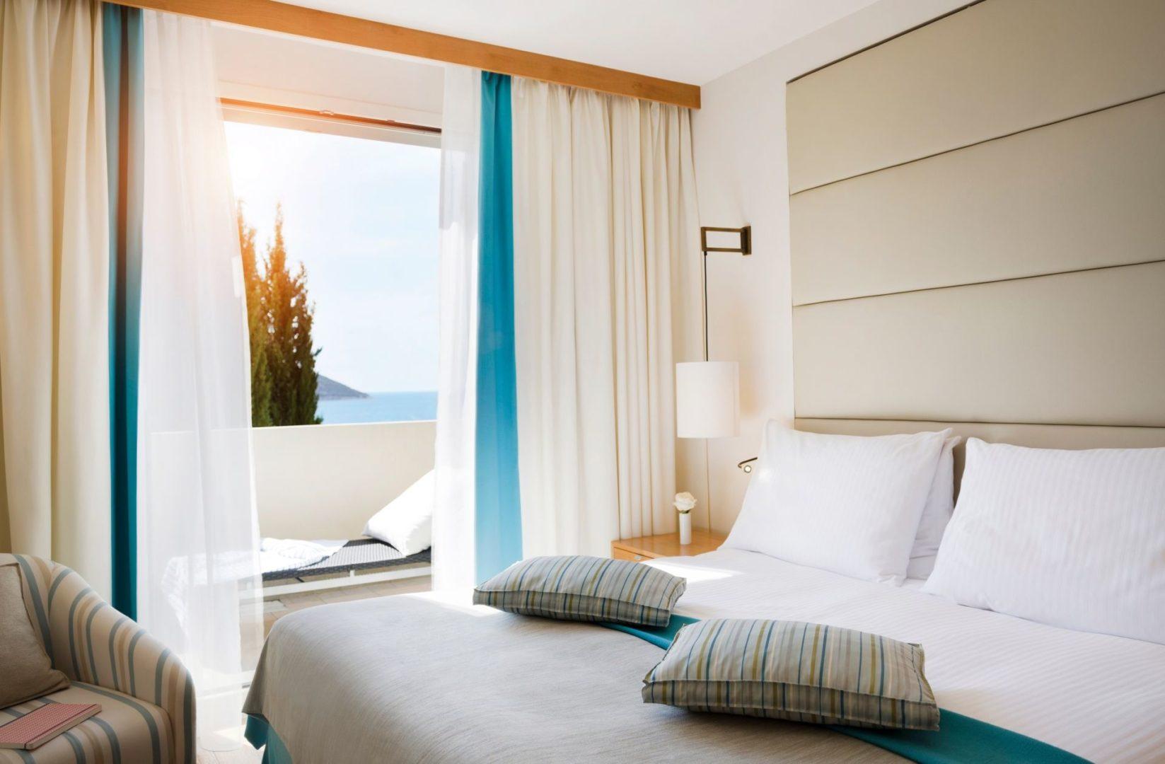 One bedroom seaview