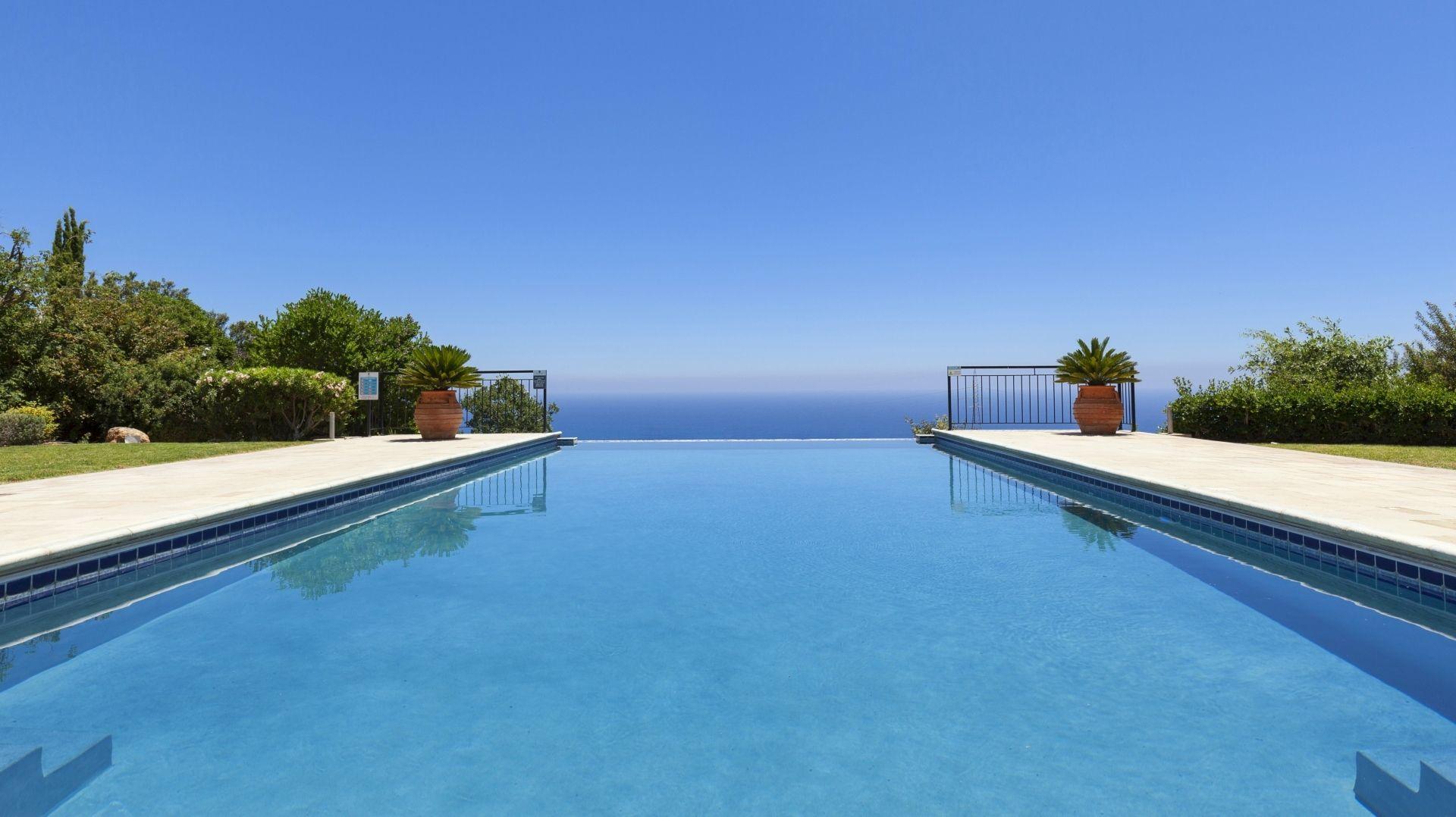 Three Bedroom Elite Superior Villa pool