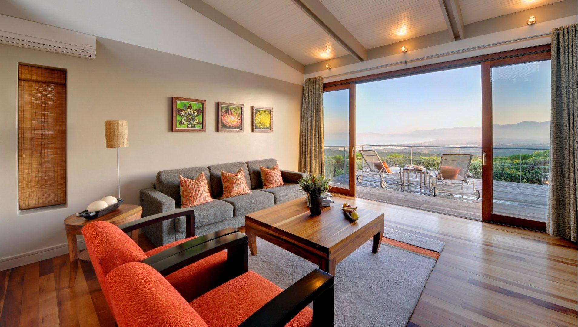 A Suite lounge