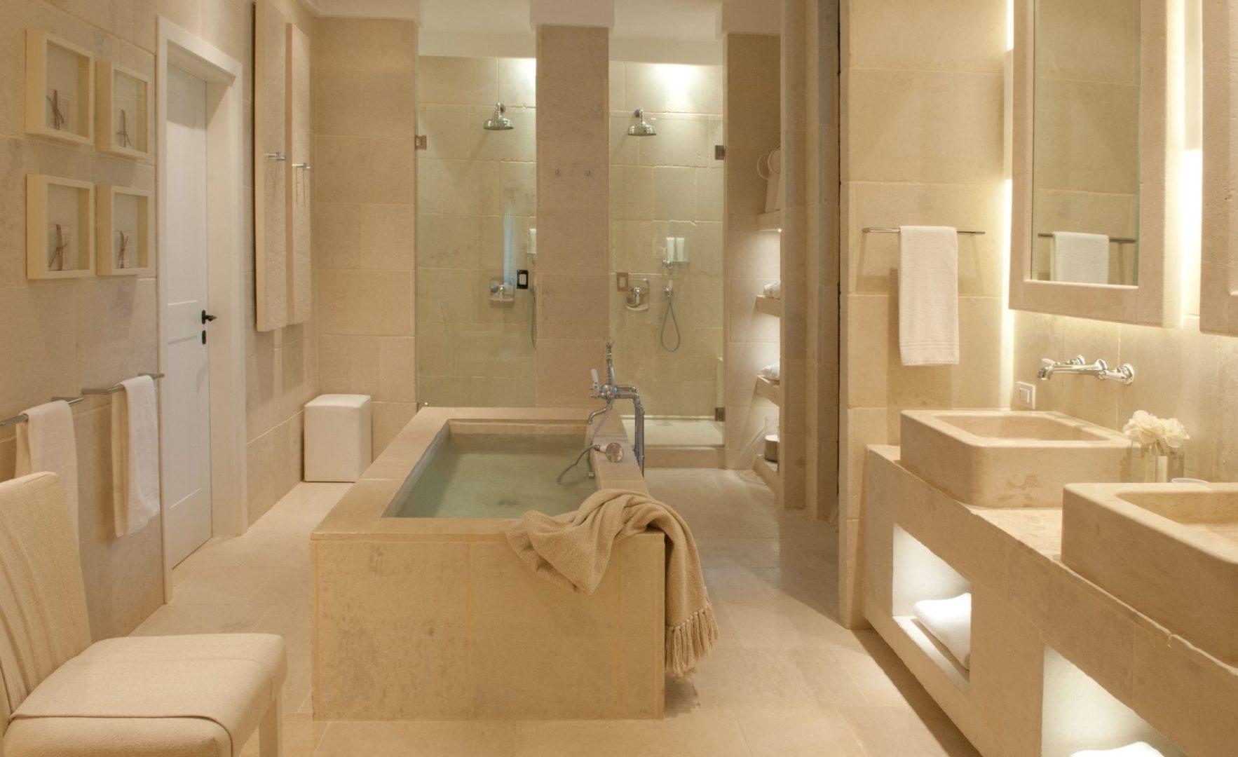 Suite Egnazia bathroom