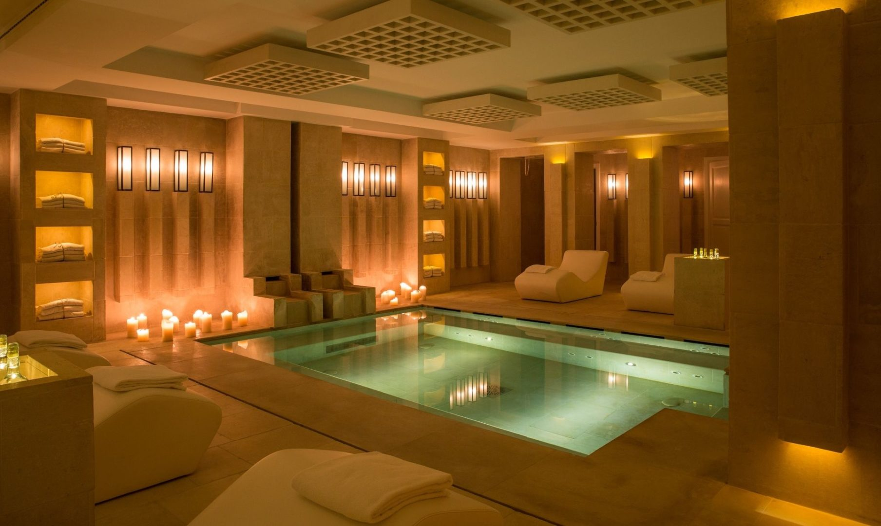 The Vair Spa pool
