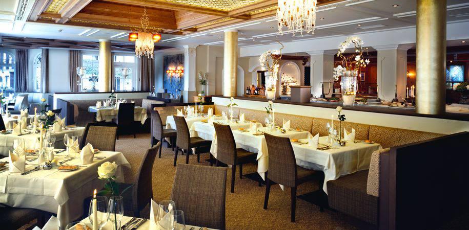 The elegant Panorama restaurant