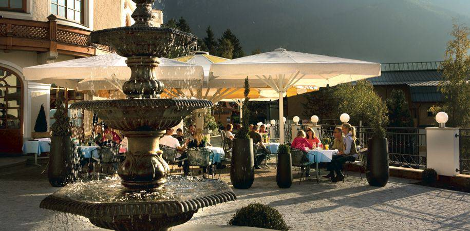 Al fresco summer dining