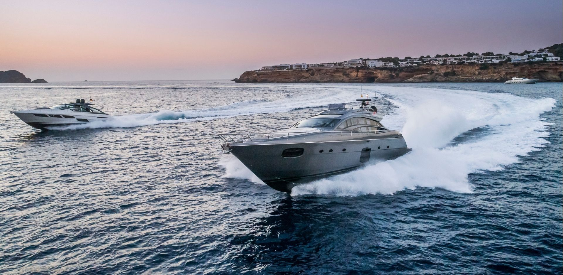 7Pines Pershing Yachts