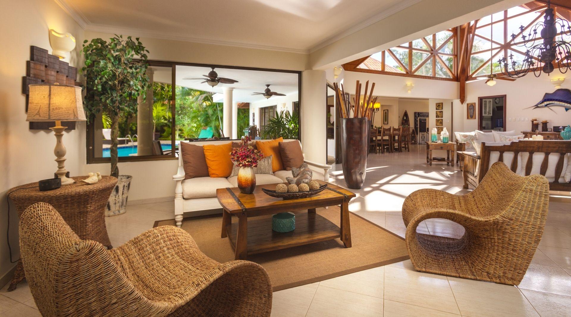 4 Bedroom Classic Villa Almendros Living Room