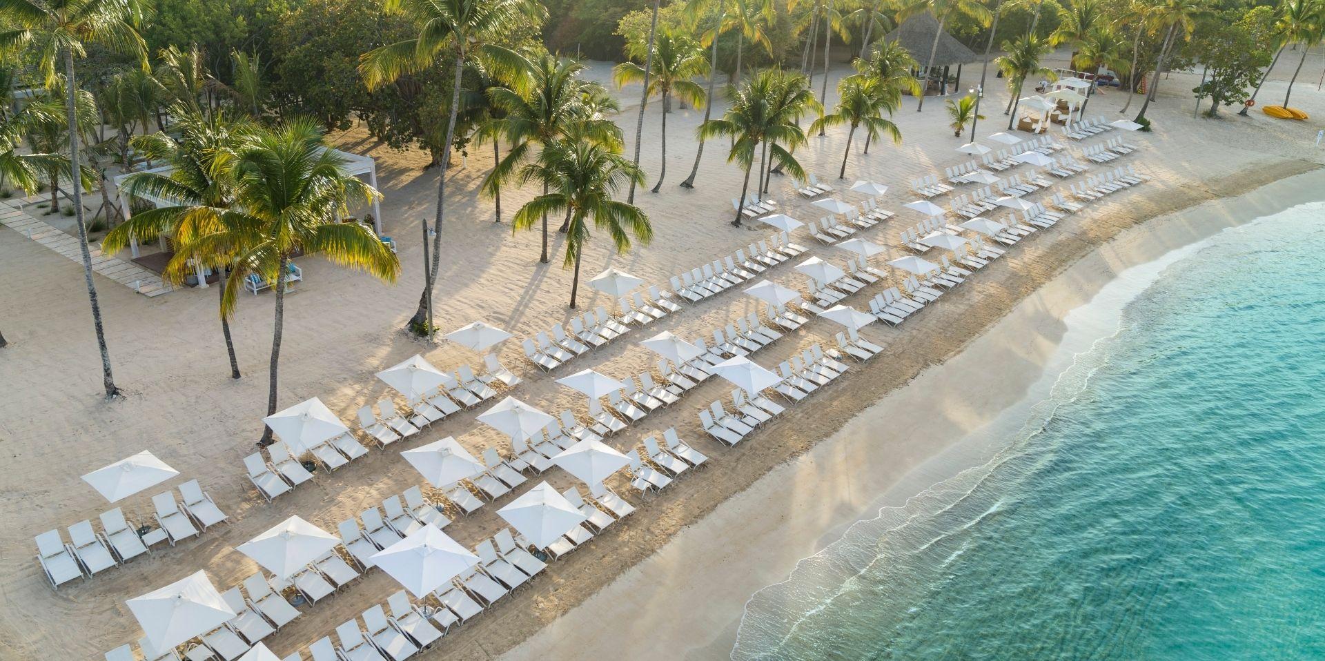 Minitas Beach awaits