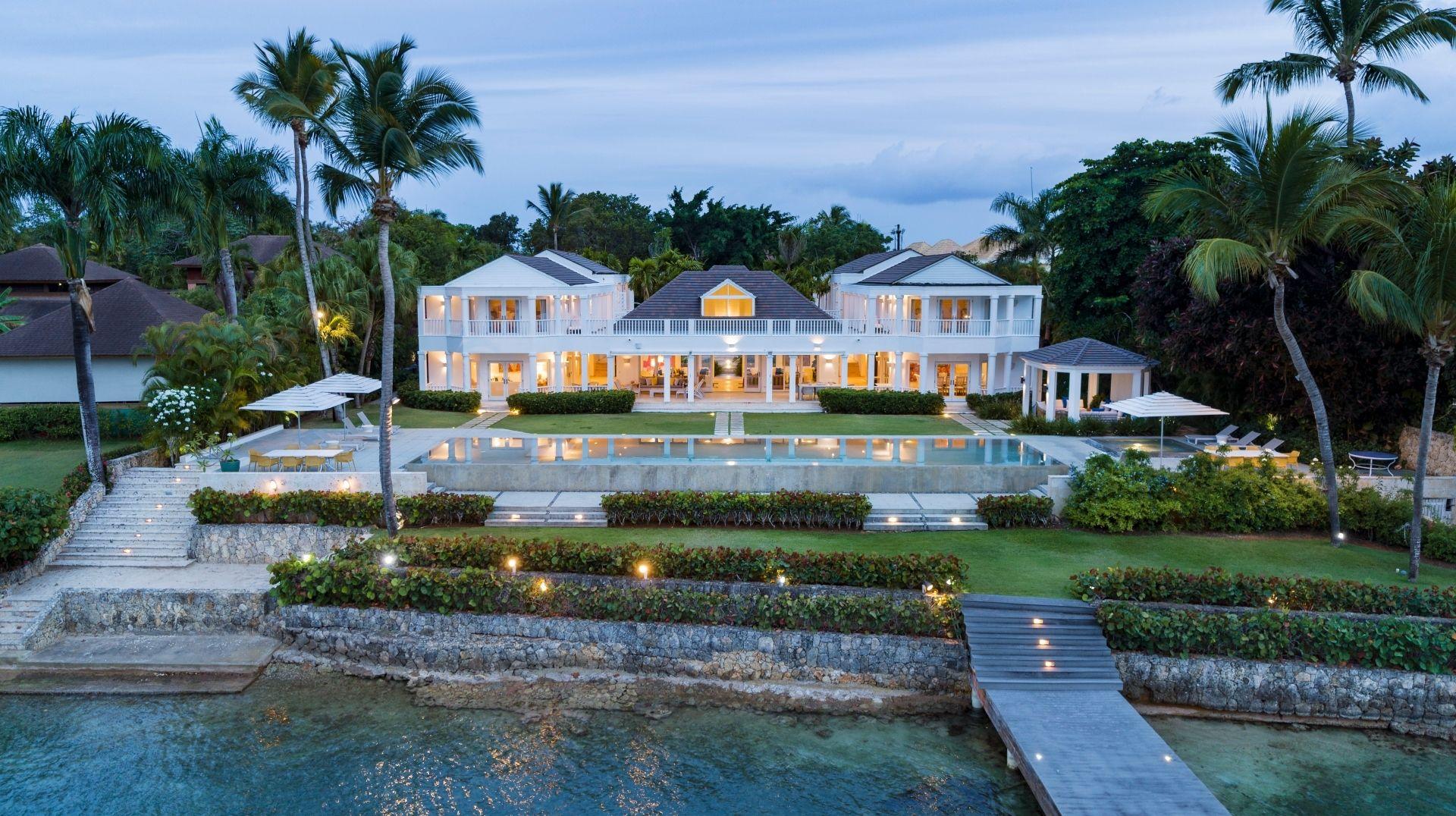 Ocean Villas of stature