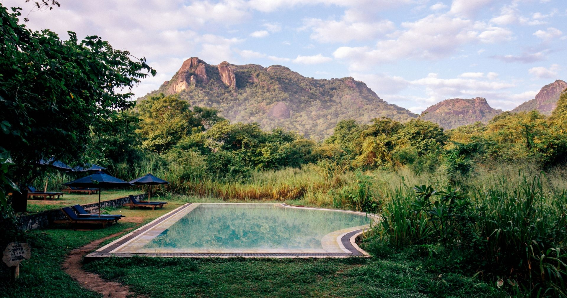 Gal Oya pool (Photo credit: Elise Hassey)