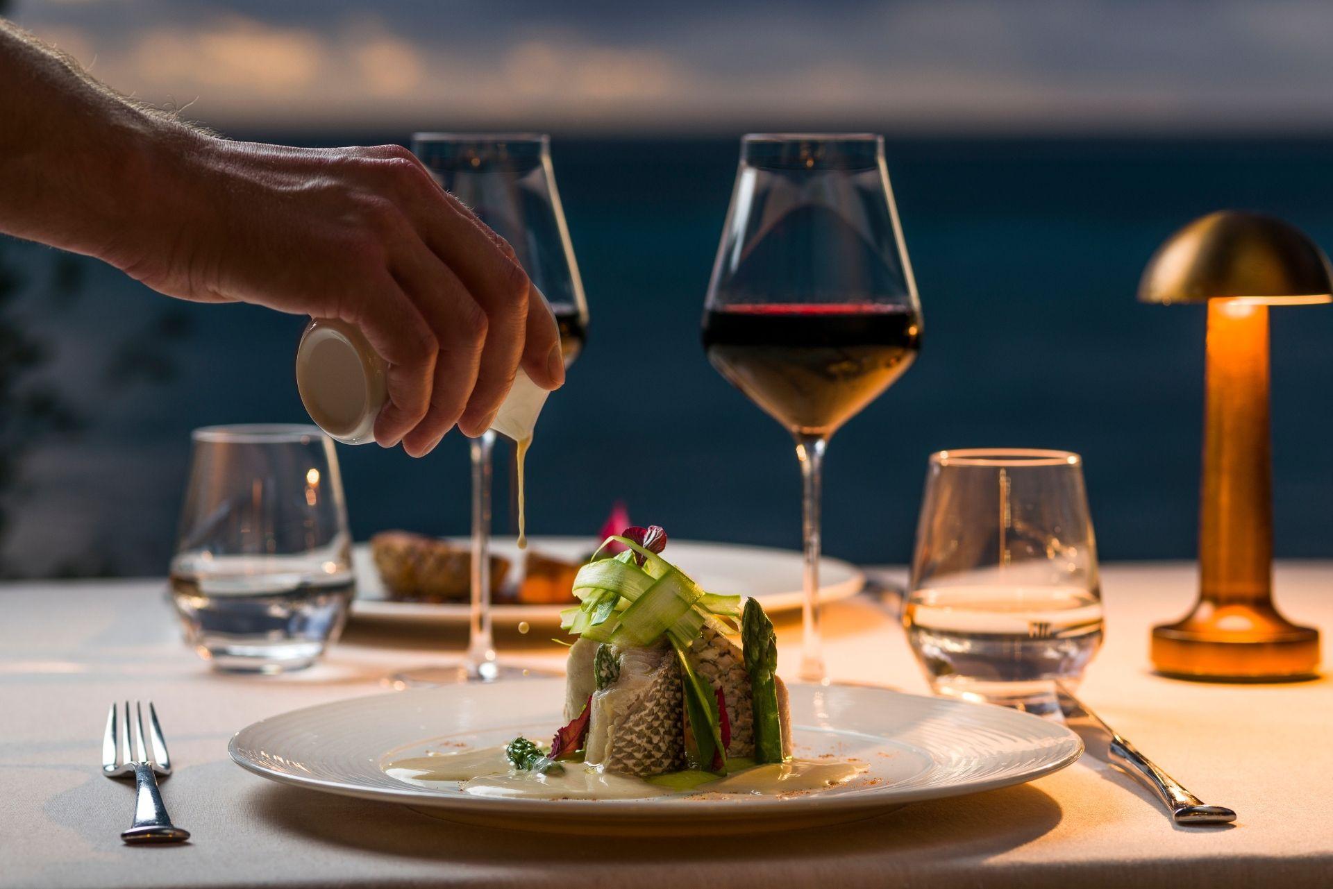 Dine with class (Photo Credit – Romeo Balancourt)