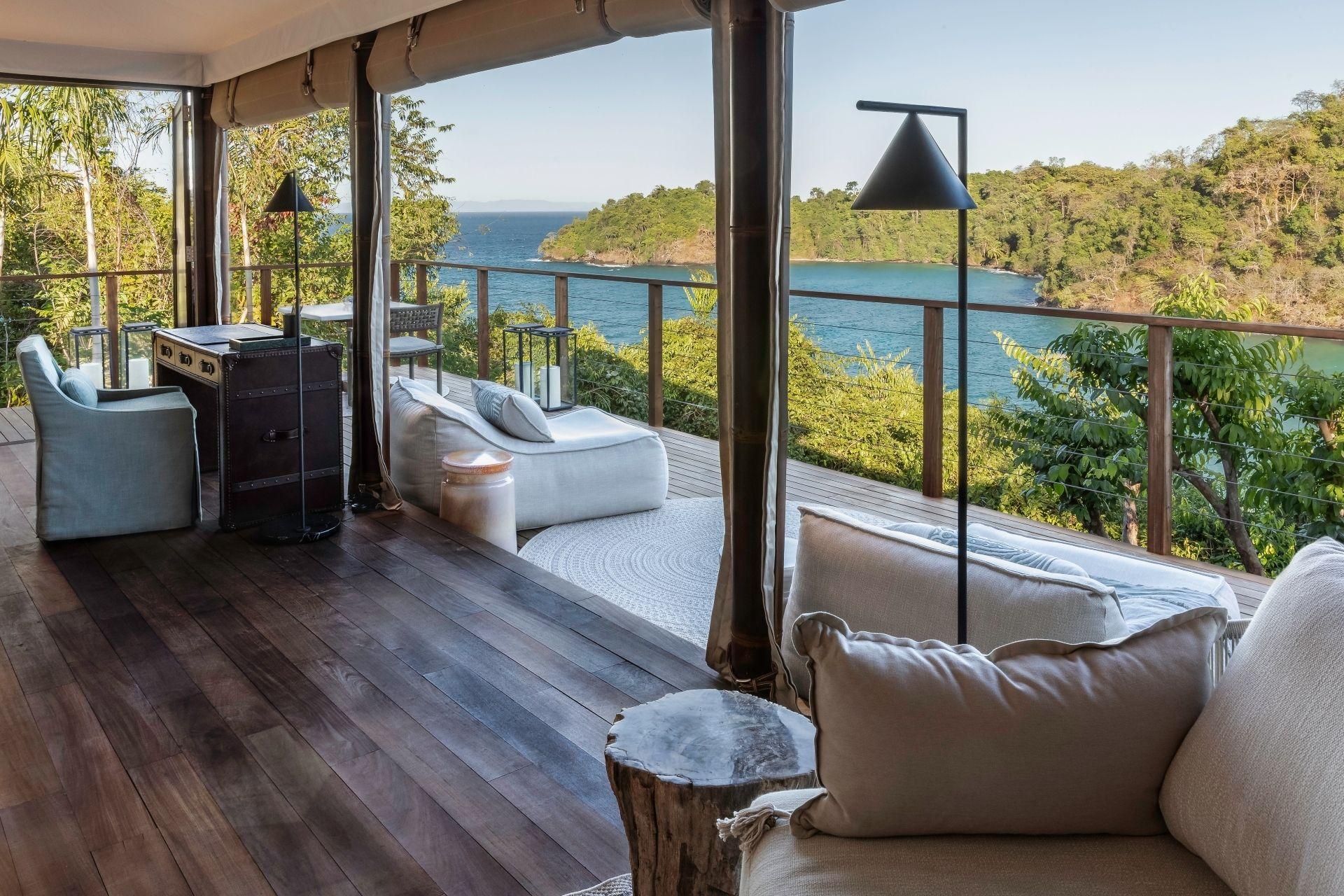 Move_Mountains_Luxury_Holidays_Sustainable_Americas_Panama_Islas_Secas_tented_Casitas_terrace