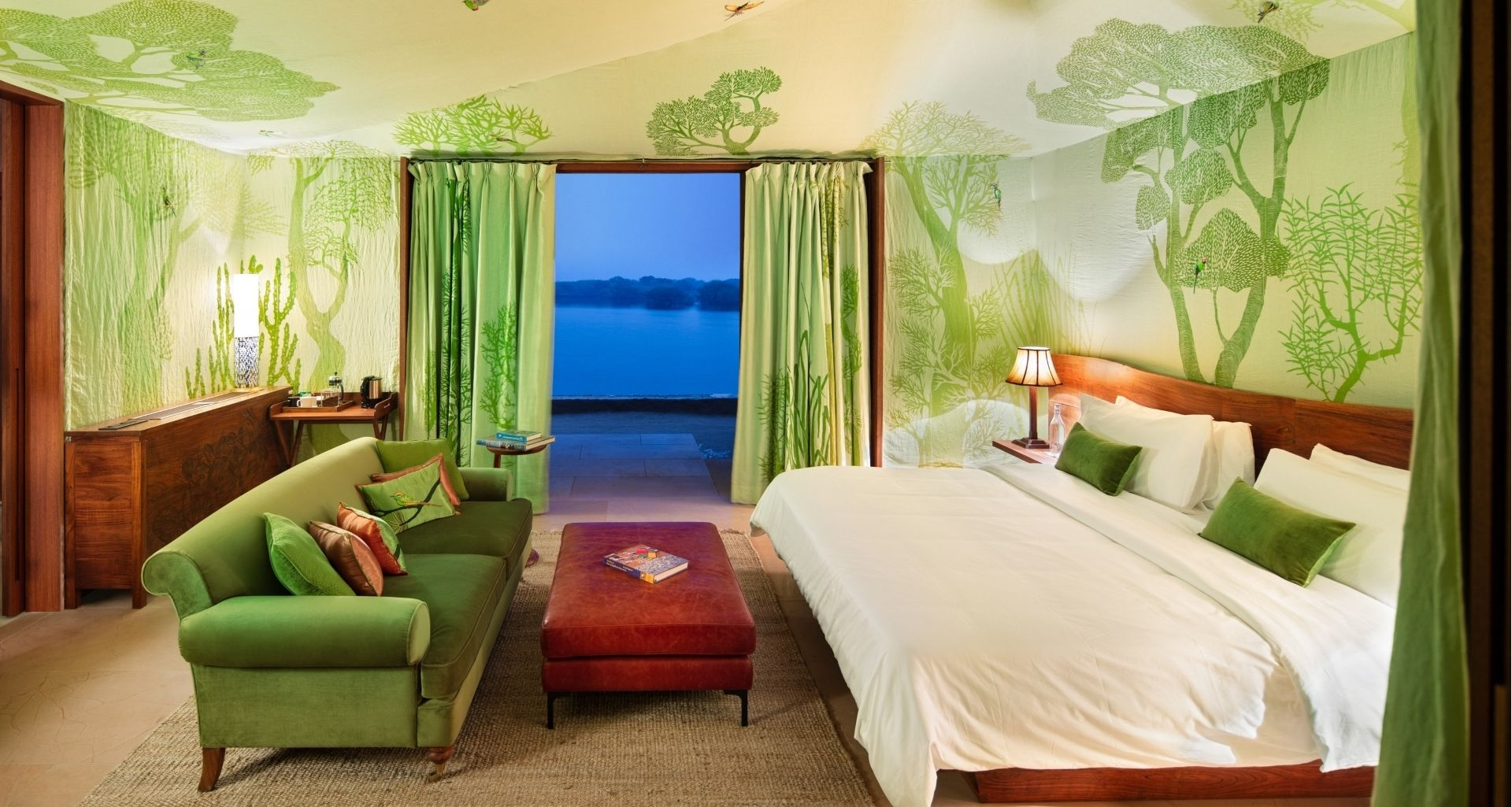 RAAS Chhatrasagar – Luxury tents all have views over the lake