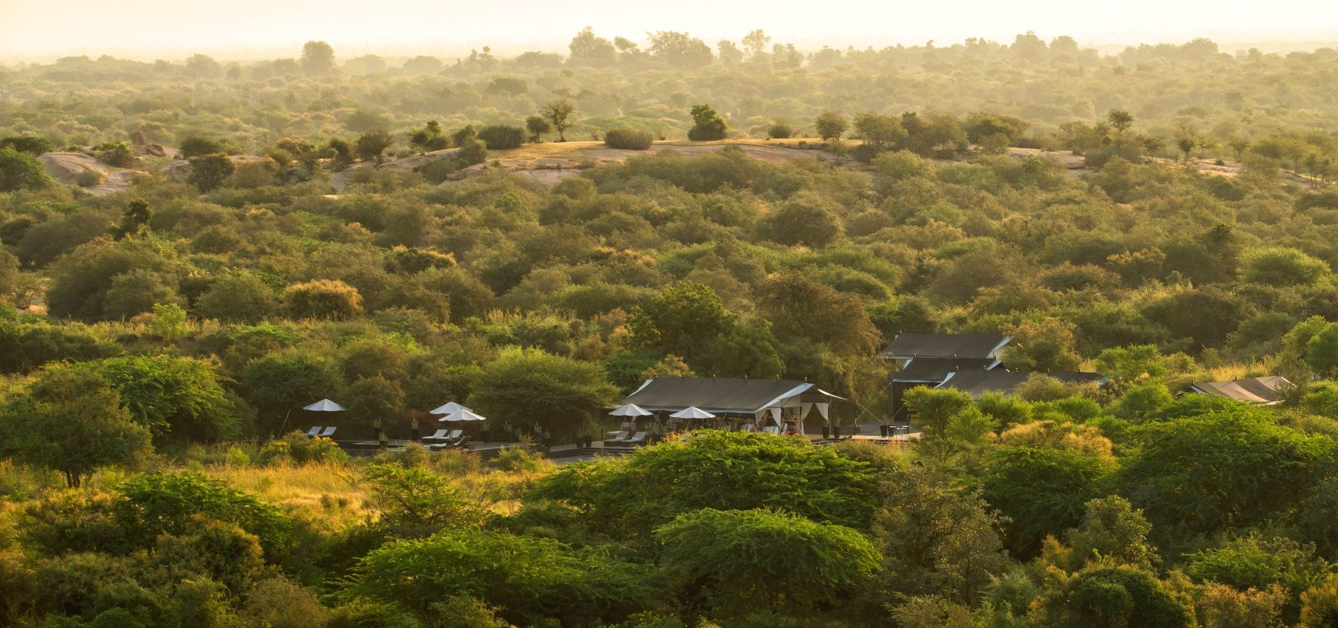 SUJAN Jawai – The camp in the landscape