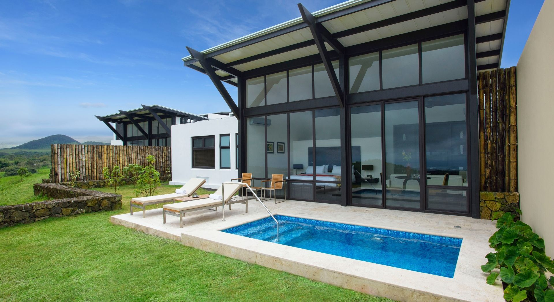 Pikaia Lodge – Pool Suite